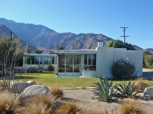 RICHARD NEUTRA - The Miller House